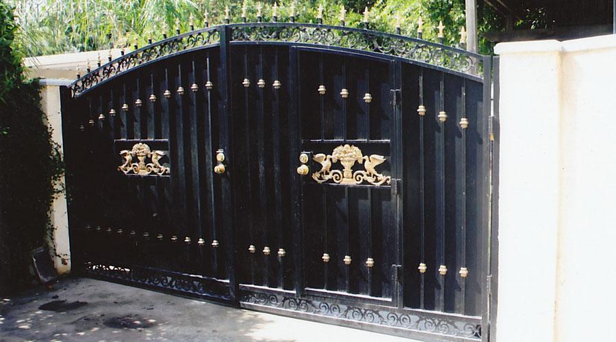 Iron gates artesanias gonzalez fences
